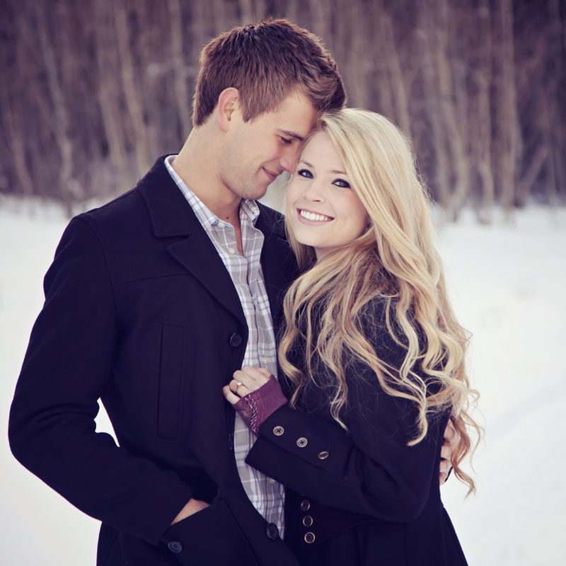 Utah Winter Engagement Picture